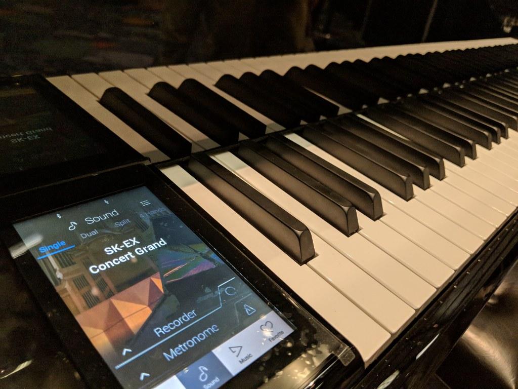 bo may dan piano dien kawai